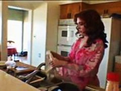 Xhamster Movie:horny fuck in the kitchen