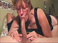 close-ups, blowjobs, grannies, granny,