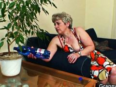mom, takes, mature, grannybet.com
