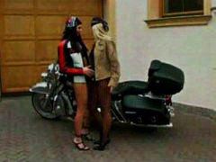 Two biker babes cravin... video