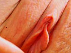 Thumbmail - BRUNETTE ADELLE PLAYS ...