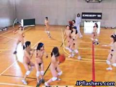 Amateur Asian teens pl...