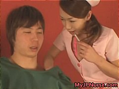 Thumb: Aki Mizuhara and Misak...