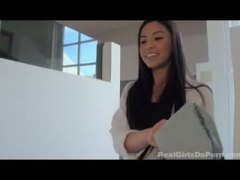 Keez Movies - asian teen does first ...