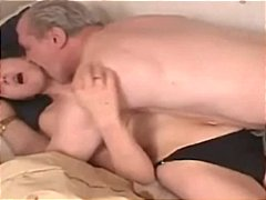 Teen slut fucks o...