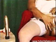Thumb: Italian Mature Masturb...