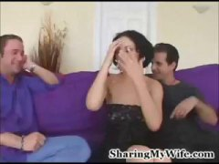 Thumb: Dude shares his wife M...