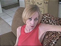 Nuvid Movie:Mature blonde lady gives prope...