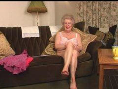 old, grannies, hairy, granny, fingering, matures,