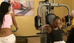 Alpha Porno Movie:Teasing babe in the gym has th...