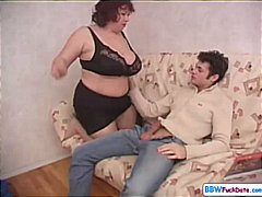 Thumb: BBW mom seduces her so...