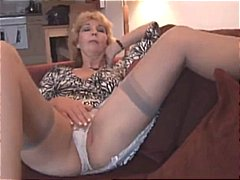 DrTuber - Attractive mature milf...