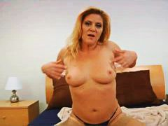 Alpha Porno Movie:Solo blonde mature in stocking...