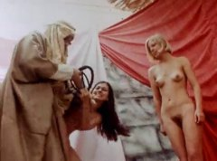 Clip of naked hairy women - 00:37