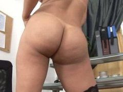 Sexy amateur mom