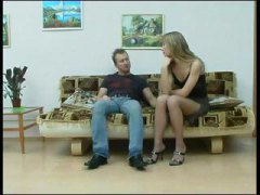 Nuvid Movie:Awesome legs in pantyhose