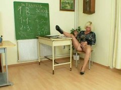 PornerBros - Horny matured blonde t...