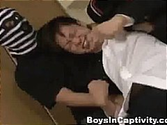 Japanese student gets ... preview