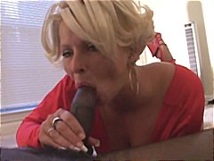 Delicious milf sucks a...