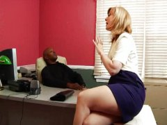 Thumb: Nina Hartley doing a b...