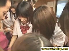 Thumb: Japanese schoolgirls s...