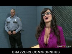 PornHub Movie:Big Tit Milf Lisa Ann is doubl...