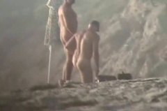 Xhamster Movie:Naked guys at the beach