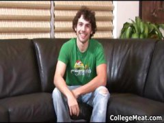 Hot college guy Glenn Philips jerking part1
