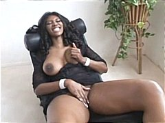 Thumb: Nyomi Banxxx is hot to...