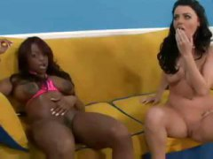 Nuvid Movie:Squirt Sophie Dee And Jada Fire