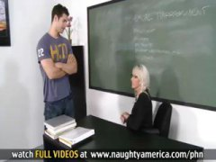 Thumb: Teacher Emma Starr giv...