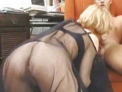 Thumb: Cum on her silky veil