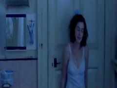Nuvid Movie:Anne Hathaway - One Day
