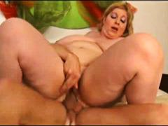 Fucking a fat chick in... preview
