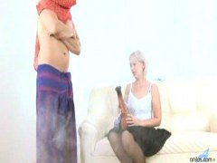 Thumb: Mature Samantha gets c...