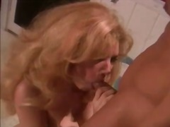 Bathroom sex with a curvy classic blonde slut