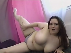 BBW Strips & Masturbation