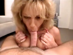 Creamy facial for a sucking milf