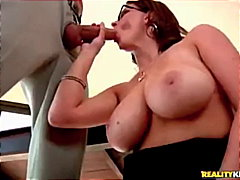 Huge Titty Nerdy Babe Sucks the Fuck ...