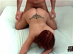 SHE KNOWS HOW TO MAKE HIM CUM TWICE !!