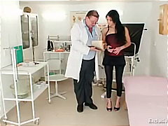 Latina Victoria Rose gyno exam with s...