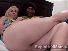 Thumb: Mature Mom barely take...