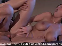 PornHub Movie:Hard Body Dylan Ryder is looki...