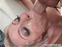 Blonde Cum Drinker Adr... video