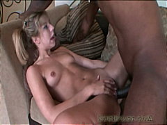 PornHub Movie:Chastity Lynne gobbles on a bl...