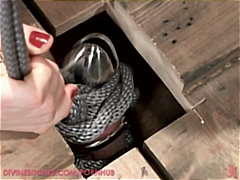 Lorelei Lee locks her ... video