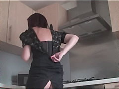 Stocking Milf Sticks Pasting Brush Up Her Pussy