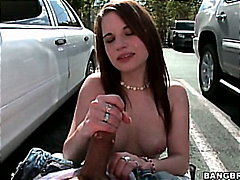 H2porn Movie:Maxi Booty tugs it for fun