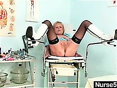 Thumbmail - Blonde granny nurse se...