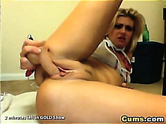 Thumb: Babes Reaches a Squirt...